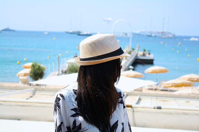 Today, Cannes is a bustling Mecca of chic boutiques, luxury hotels and The International Film Festival. www.amileinmychoos.com